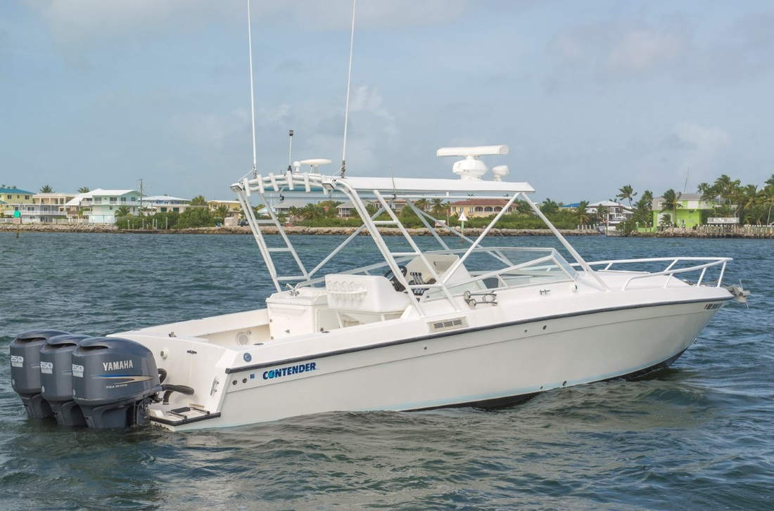 2006 CONTENDER 35 SIDE CONSOLE - SOLD